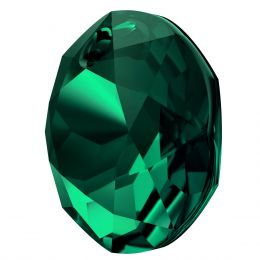 6430 CLassic Cut Pendant 10 MM Emerald  (205)